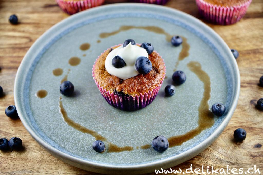 Saftige-Low-Carb-Blaubeer-Muffins-einfaches-Rezept-ohne-Zucker
